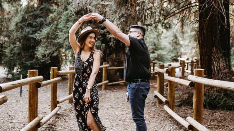 Platonische Liebe: Was bedeutet platonisch und